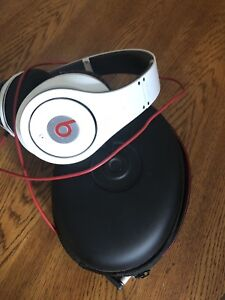 Beats by Dr. Dre Studio (first generation)