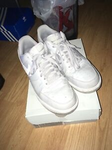 Wolf Grey Nike Air Force 2's great condition