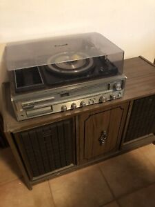 Lloyd's record player