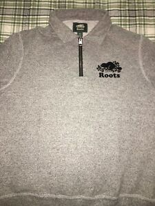 Roots 1/4 zip sweater salt and pepper size small