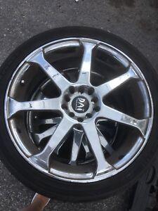 Mags DAI ALLOYS avec 3 pneus d'été neufs