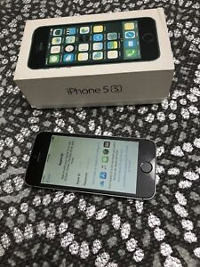 iPhone 5S. 16 gb space grey Bell
