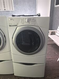 Washer and dryer set- he