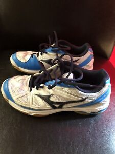 Volleyball Women's- Size 8