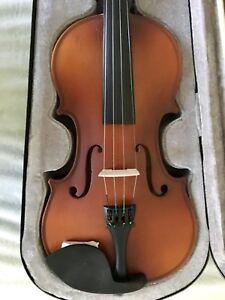 BRAND NEW Mendini 4/4 MV300 Solid Wood Satin Antique Violin