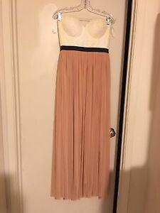 Dresses / Graduation/ Prom / Wedding  London Ontario image 4