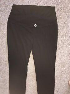 Thyme Maternity Dress Pants (Medium)