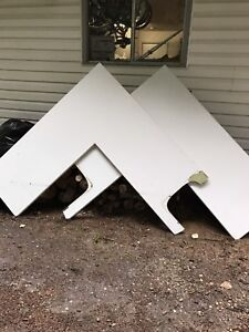 Free sinks and used counter tops