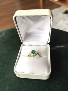 Emerald Ring size 7/8