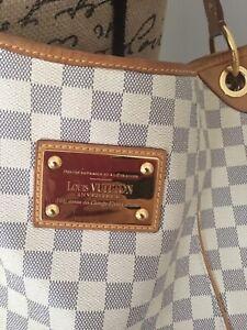 Authentic Louis Vuitton galleria pm