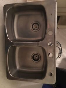 Kitchen sink - double basin $30 obo.  Must go