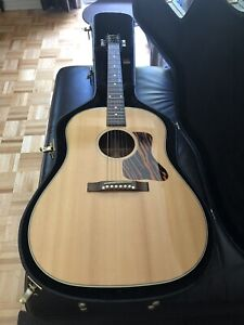 2015 Gibson J-35 acoustic/electric guitar