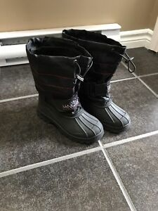 Boys Winter Boots Size 3