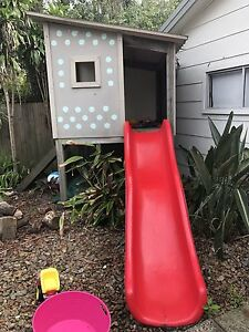 Modern Kids Cubby House With Slide and Sandpit! Bateau Bay Wyong Area Preview