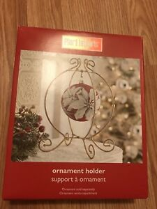 Pier 1 import ornament hanger