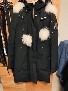 Excellent Condition (Extra Thick) Moose Knuckle Sterling Parka