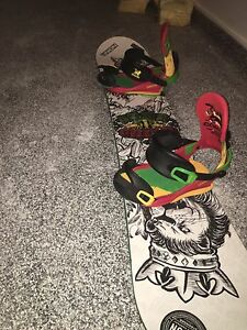 JP Walker pro edition Step child snowboard and 10.5 32 boots
