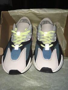 Yeezy Runner 700 Size 9.5