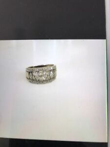 9ct gold ring Newcastle Newcastle Area Preview