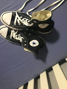 Women's size 7 high top converse willing to negotiate