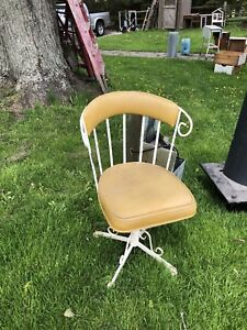 2 Vintage icecream Chairs