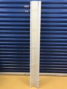 Set of 2 Faux wood white blinds