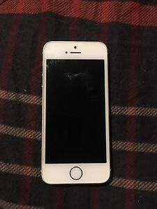 iPhone gold 5s 32gb Virgin Mobile/Bell