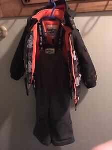 Oshkosh 4T snow suit