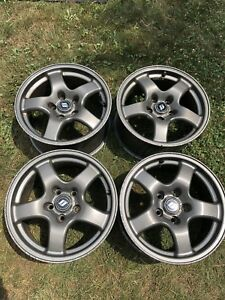 R32 Nissan Skyline GTR wheels/rims