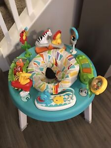 Fisher Price Baby Activity Centre / Table / Exersaucer