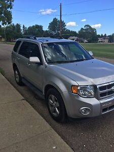 2009 Ford Escape Limited Edition, $9,000 Open to offers!
