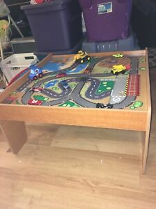 Kids play table with cars