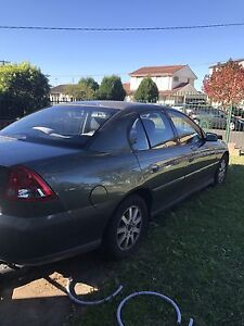 Holden commodore 2004 Canley Heights Fairfield Area Preview