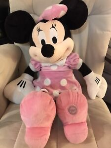 Disney Minnie Mouse Extra Large Plush 28""