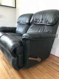 La-Z-Boy Reclining Leather Love seat