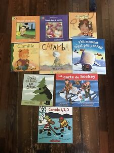 2nd pic Scholastic books ( French) 3 of them are brand new