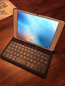 iPad Mini 1st Gen, new Keyboard Case, Accessories