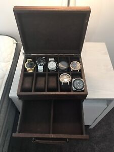Fossil watch box with 6 watches included