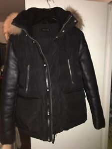 EXCLUSIVE MACKAGE  DOWN JACKET SIZE 38