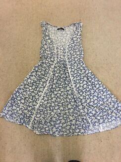 Stellino dress size 10 (more like 6-10)