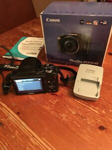 Canon PowerShot SX510 with wifi