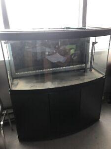Aquarium 65 gallons Fluval et meuble