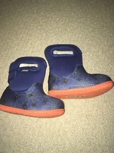 Toddler Bogs boots