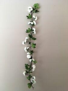 Flower garland & wire