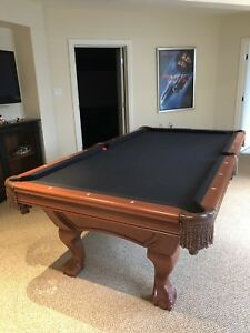 POOL TABLE 4'x8' OAK + accessories 6500$ Value
