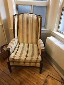 Free Antique chair