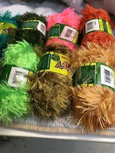 Knitting yarn Malaga Swan Area Preview