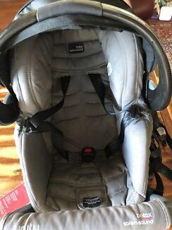 Car seat Britax safe And sound capsule Unity