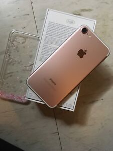 Sell $650/trade pristine unlocked iphone 7 with Apple care plus