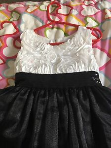 Black and white little dress size 4-5 kids